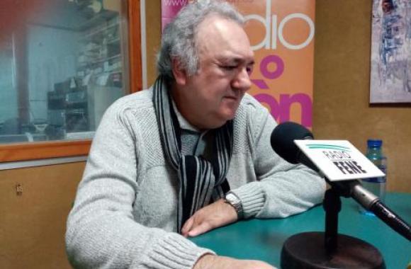 Antonio Tizón é o autor de Un home estraño