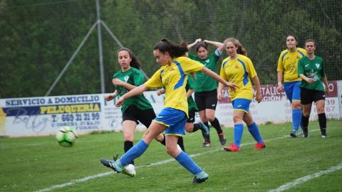 Rosalia 1 - 2 Perlio. Liga feminina de fútbol oito