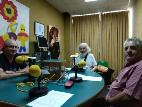 Félix Caballero, Xaquín Marín e Emilio Romero conversan sobre o libro Arte e compromiso no humor gráfico galego