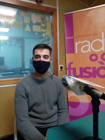 Rafa Afonso no estudo de Radio Fene