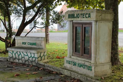 Biblioteca do Monumento ao Camiñante Descoñecido