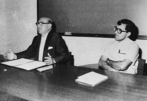 Carvalho Calero e Martiño Montero nunha conferencia
