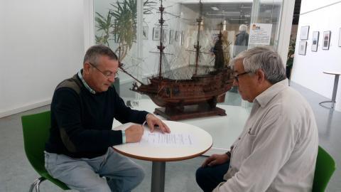 """Maqueta do galeón """"Soberano dos mares"""". Casa da Cultura de Fene"""