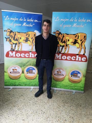 Lácteos de Moeche factura case dous millóns e medio de euros ao ano