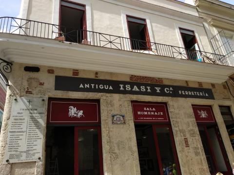 Antiga ferraxería Isasi. A Habana. Outubro 2019