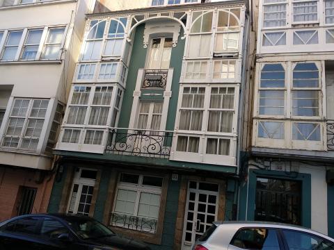 Piso onde vivía Moncho Reboiras. Rúa Concepción Arenal,53. Ferrol
