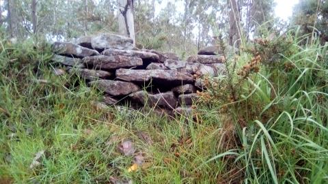 Valado de pedra seca en Marraxón. Sillobre. Fene