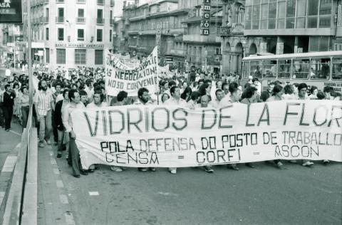 Manifestación obreira. Vigo. 1980. Fotografía: Xan Carballa