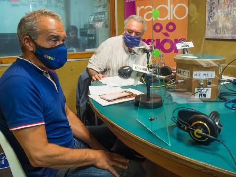 Antonio Piñeiro e Antonio Tizón no clube de lectura de Radio Fene