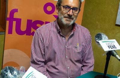 Antonio Reigosa no clube de lectura de Radio Fene Radiofusión