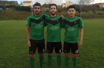 Dianteiros da S.D.Barallobre; Dasilva, Pereiro e Paolo