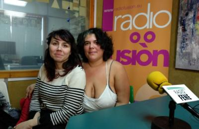 Aliana Corral e Fátima González queren promover a doazón de leite materno
