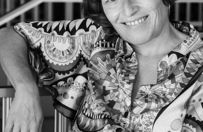 Helga Méndez fai o papel de Palmira