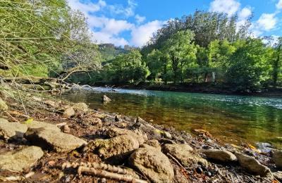 O río Eume ao seu paso por Cabanas