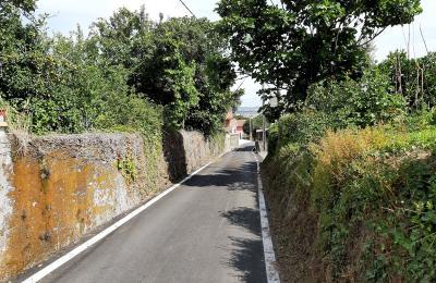 Camiño da Lameira entre O Piquqiro e a Vrea