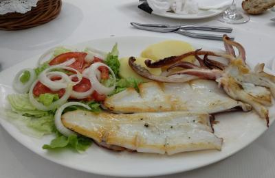 Luras da ría á grella no Restaurante Muiño do Vento (Magalofes Fene)