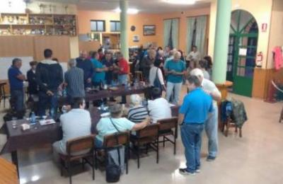 Interior do local da Asociación Veciñal de Magalofes