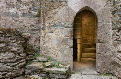 Escaleira do castelo de Moeche