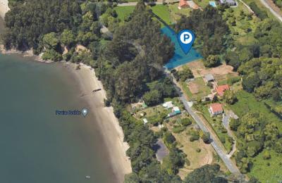 Parcela na que se ubicará o estacionamento na praia de Coido (Limodre Fene)