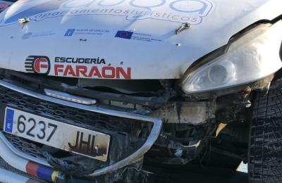 O coche de Ameneiro e Vigo tras o accidente de Lorca